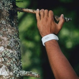 Parakito Adult Mosquito Wristbands - White